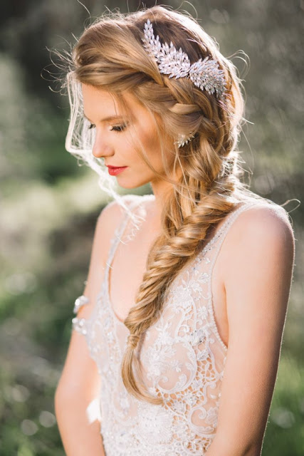 70 Trenzas para inspirar tu peinado de novia Bodas Colorín Colorado