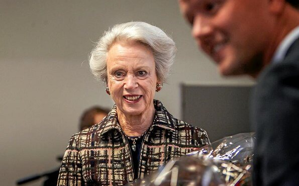 Princess Benedikte presented the Danish National Osteoporosis Foundation's research grants at the University Hospital of Zealand in Køge