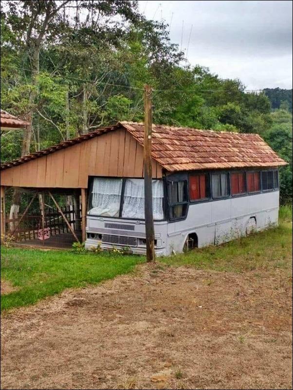 casa feita em um onibus