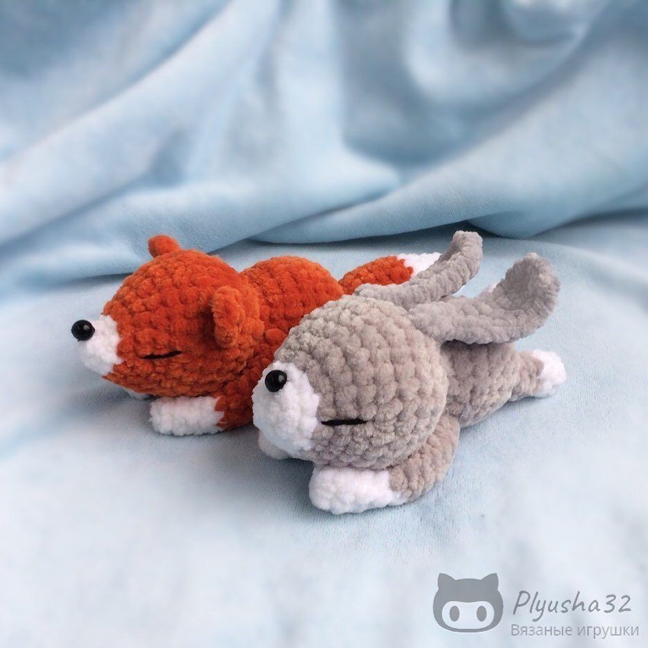 Amigurumi bunny and fox