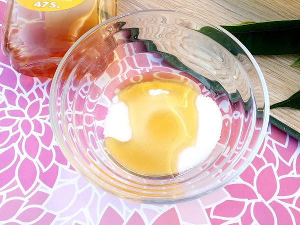 DIY Honey & Sugar Scrub