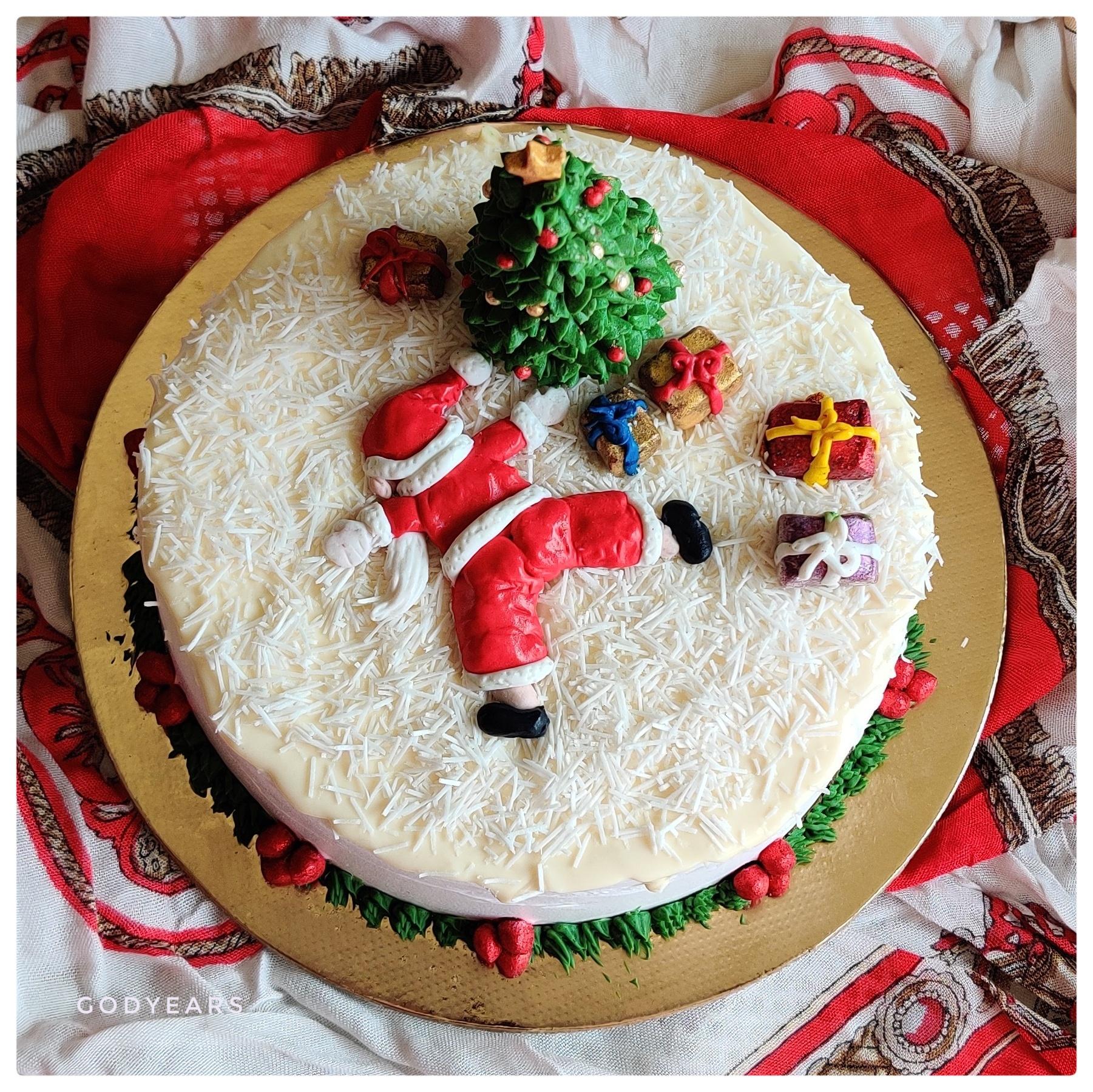 Funny homemade Christmas cake