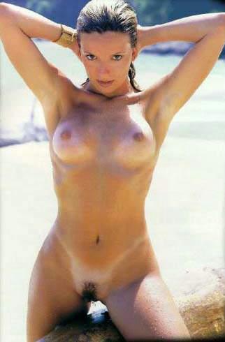 Regininha Poltergeist - Foto Pornô Nua na Sexy