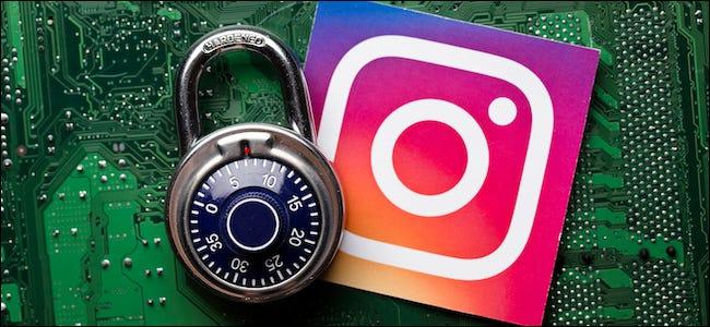 شعار Instagram بجوار قفل الأمان