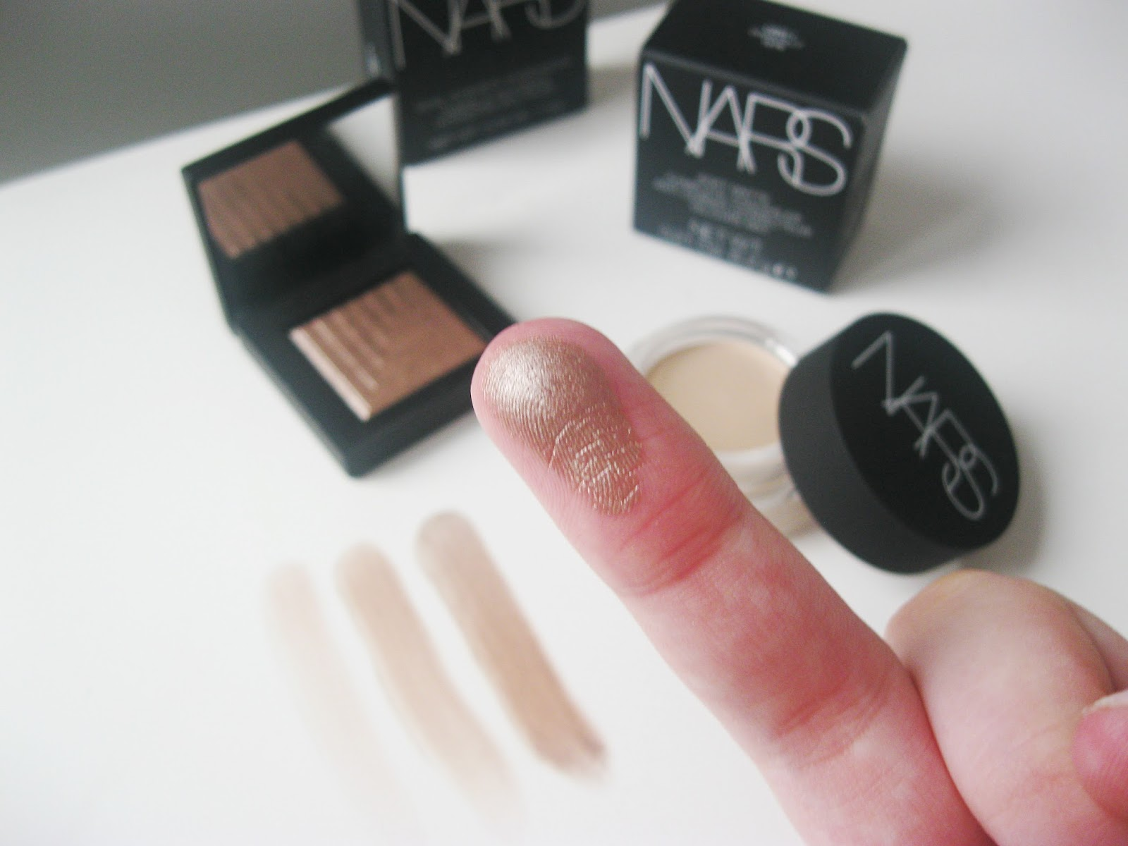 Nars Dual Intensity Eyeshadow Himalia Swatch