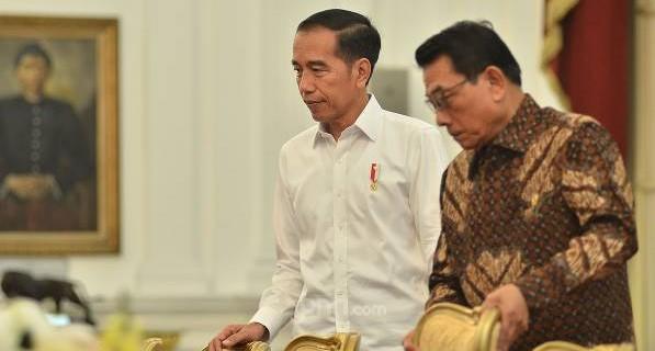 Ini Deretan Alasan Jokowi Layak Copot Moeldoko, Bikin Malu sampai Menyulut Bom Waktu