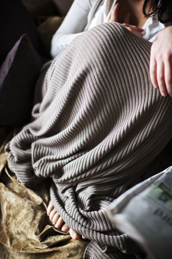 The coziest luxury of winter is wrapping up in the softest of blankets! (Photo by Paul Barbera via FEM)