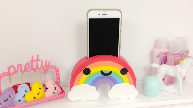 Rainbow Phone Holder, DIY, DIY Crafts, Diy Craft Ideas, Phone Holder, Diy Holder, Diy Room Decor, Room Decor, How To Make Portable Charger