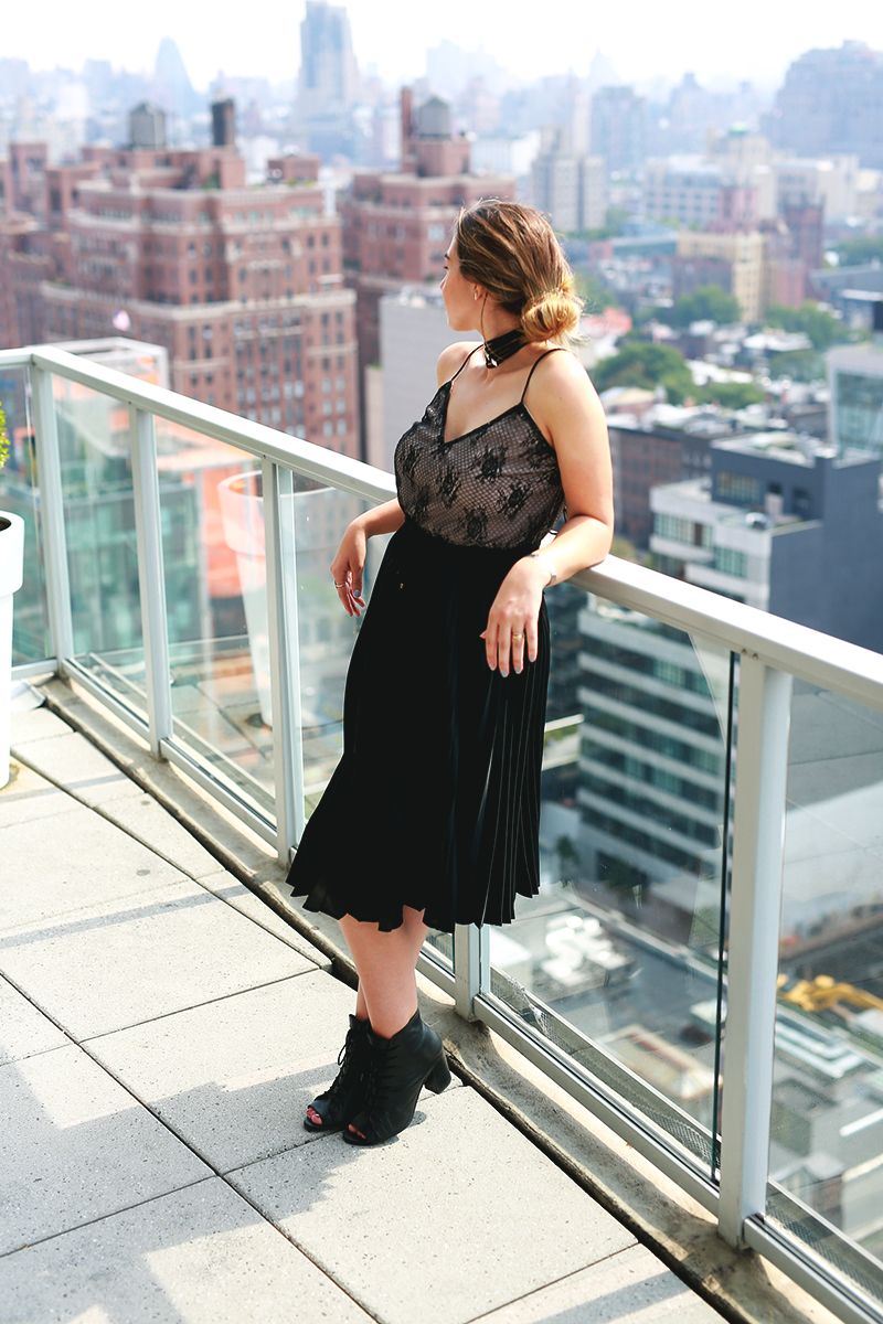 new york city, skyline view, curvy blogger