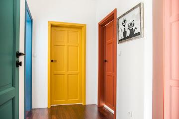Wiruje cały świat, czyli nasze kolorowe drzwi