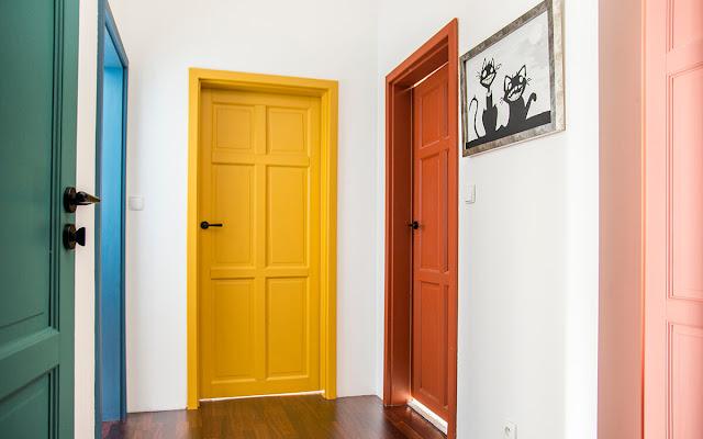Wiruje cały świat, czyli nasze kolorowe drzwi - CZYTAJ DALEJ