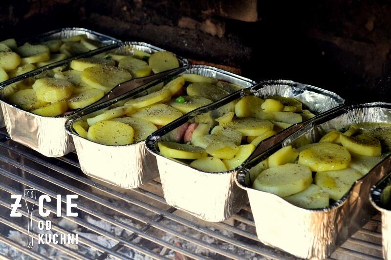 zapiekanka z grulla, ziemniaki z grilla,