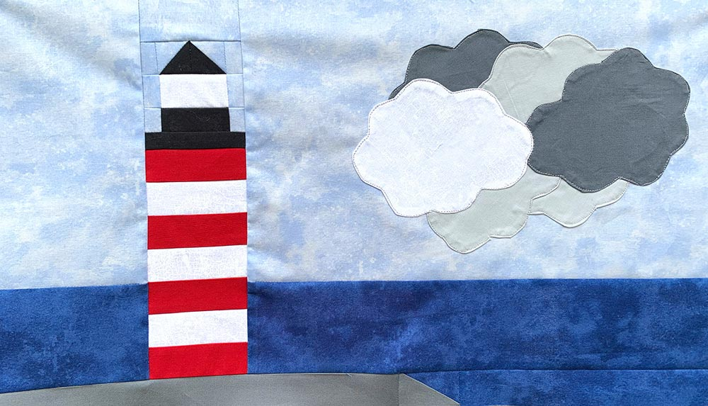 Bobbin in Quilts for seaside adventure row along, lighthouse quilt block