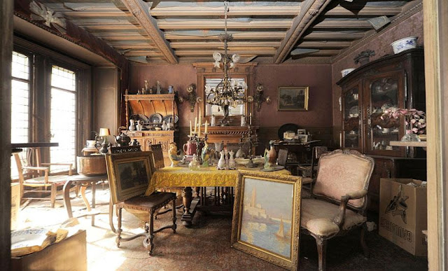 Since 1939, This Apartment Hasn't Opened. But After 70 Years, It Gave Everyone A Baffling Surprise And No One Could Believe Their Eyes!