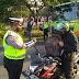 Polisi Periksa Kendaraan Yang Masuk ke Semarang