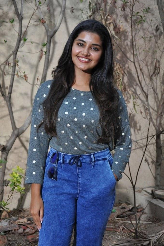 Hot Anupama Parameswaran Pics from Upcoming Movie Working Stills 😍