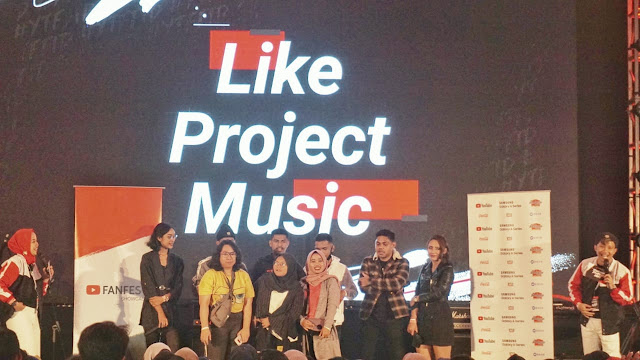 Agy Foto Bareng Like Project Music