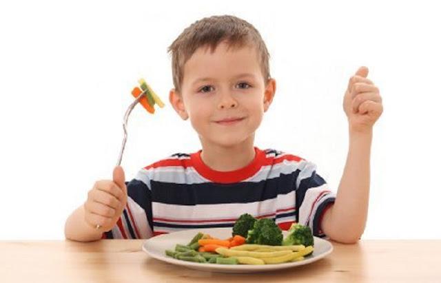 3 Tips : Agar Anak Suka Makanan SEHAT