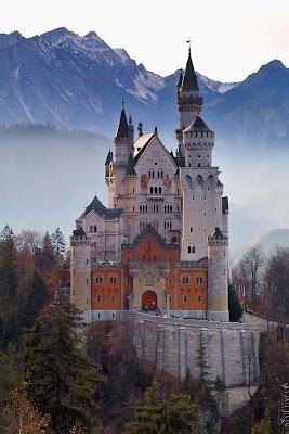 castle-2602216_1920