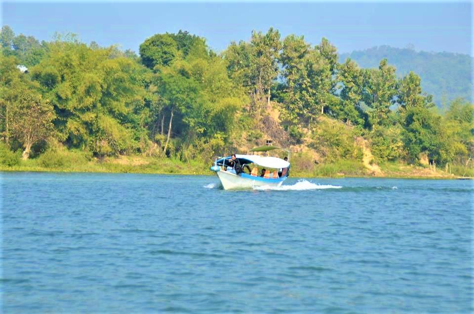 kaptai lake resort