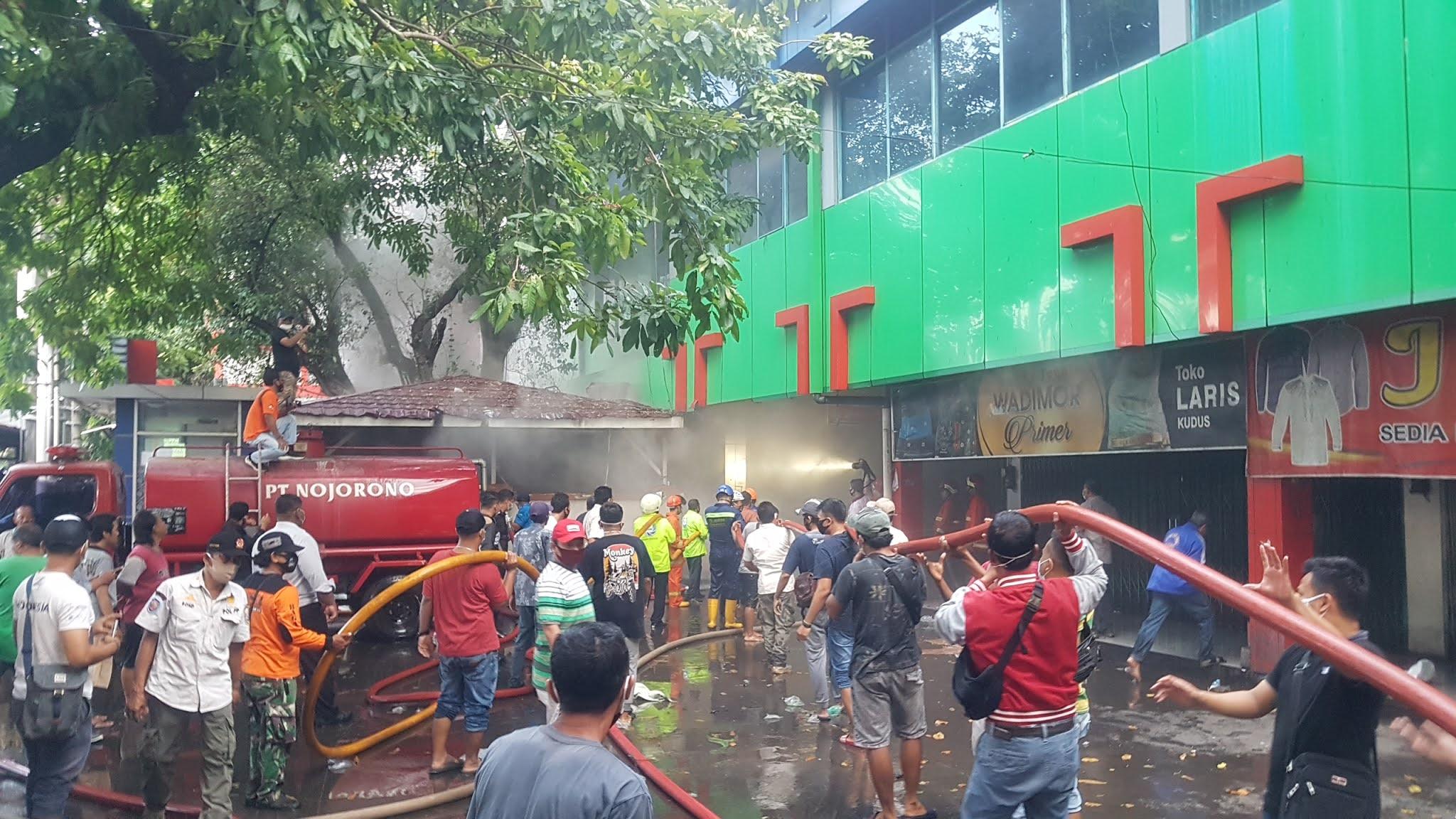 Pasar Kliwon Kudus Terbakar