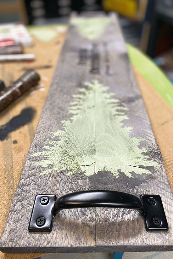 Table runner with trees and handles