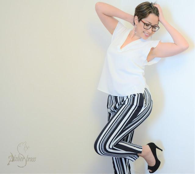 pantalon de rayas blanco y negro