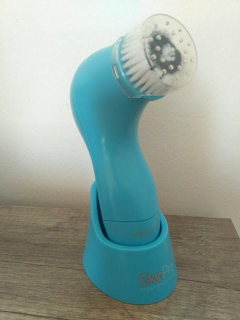 Oriflame SkinPro čistiaci strojček