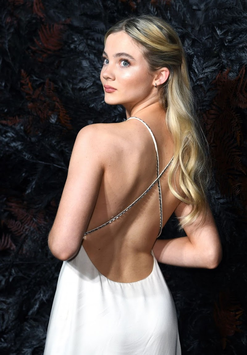 Freya Allan Clicks at The Witcher Premiere in London 16 Dec-2019