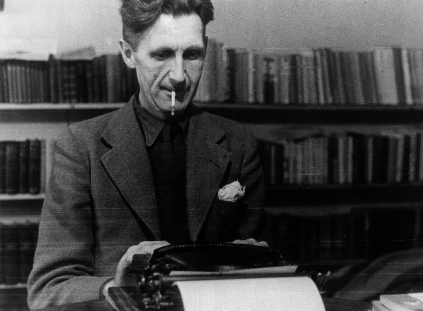 a biography of george orwell a writer A brief biography of george orwell: george orwell was the pen name of eric blair, a twentieth century writer, equally at home with journalism, essays, novels, literary criticism and social commentary.