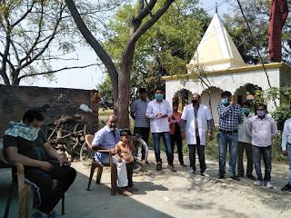 जौनपुर : ग्रामीणों की सूचना पर सऊदी से आये युवक के घर पहुंची स्वास्थ्य विभाग की टीम