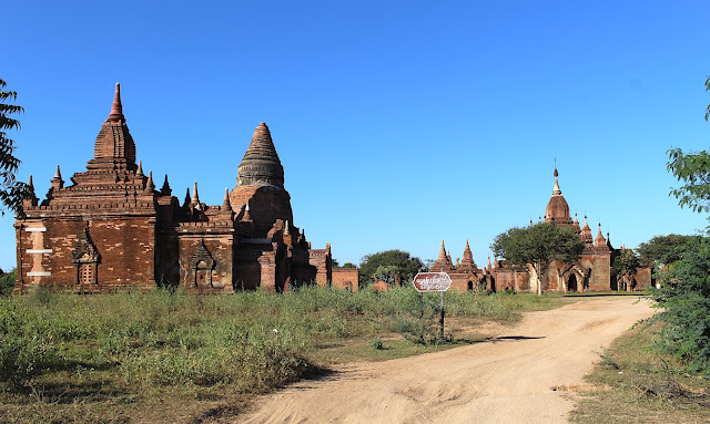Temple, stupa et pagode à Bagan en Birmanie