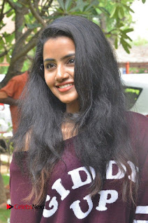 Anupama Parameshwaran Pictures in Jeans at Kodi Tamil Movie Press Meet ~ Celebs Next