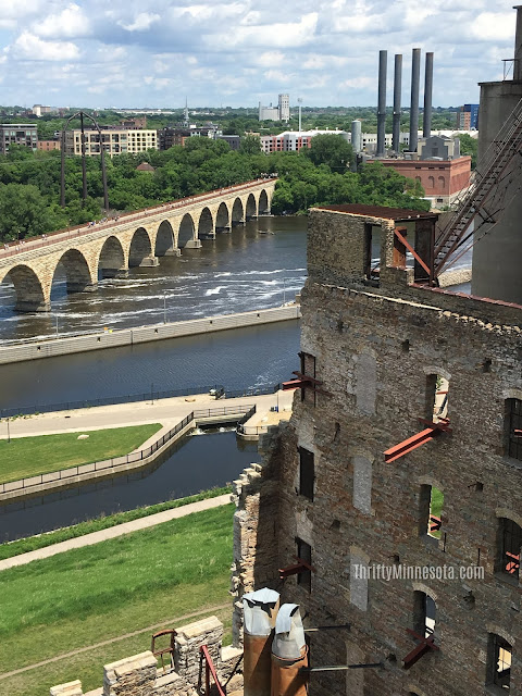 Exploring views of the Stone Arch Bridge in Minneapolis. Image credit Chrysa of Thrifty Minnesota.