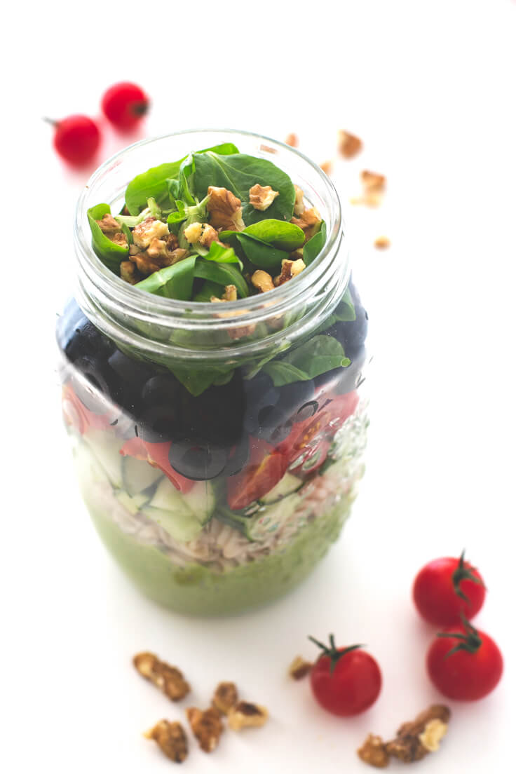 Jar Salad: Jar salads are perfect for eating out, although you must know how to make them so that the ingredients do not stay mushy.