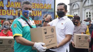 Aksi Mayday Buruh Kota Semarang Mendapatkan 1000 Paket Sembako Dari Kapolda Jateng