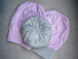 шапка с ажурным узором