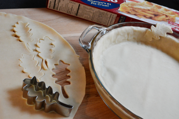 Pumpkin pie, Crust Edges, Decorative Pie Crust, Pie Crust, Leaves, Fall, Thanksgiving recipe