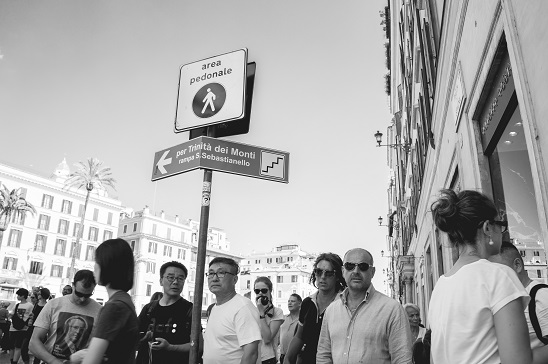 fotos-callejeras-en-blanco-y-negro