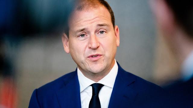 سياسي هولندي بارز يعلن تخليه عن قيادة حزبه في انتخابات هولندا القادمة 2021