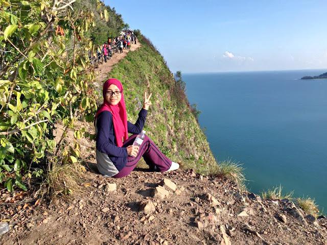 Hiking Bukit Keluang, Besut.