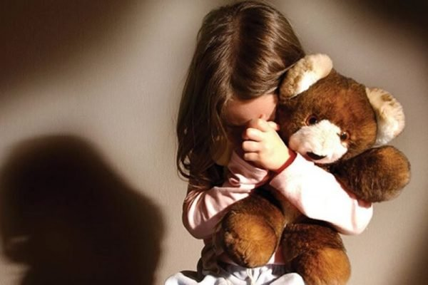 Homem estupra e engravida neta de 10 anos no interior de Minas Gerais