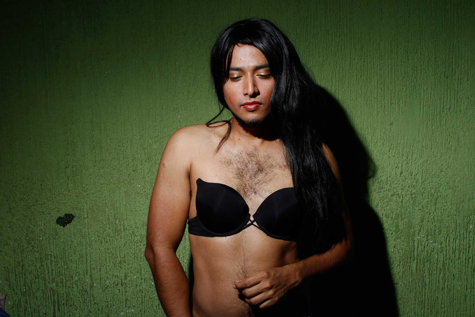 La feminidad para un travesti masculino