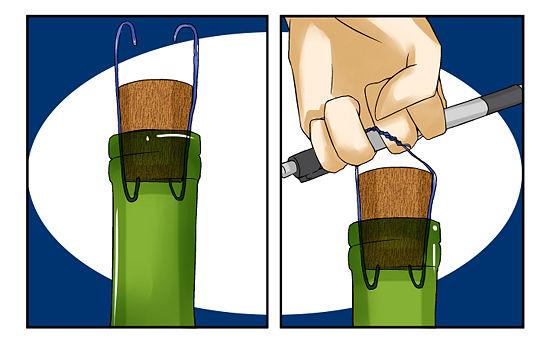 как открыть бутылку без штопора Две скрепки всё же надёжнее