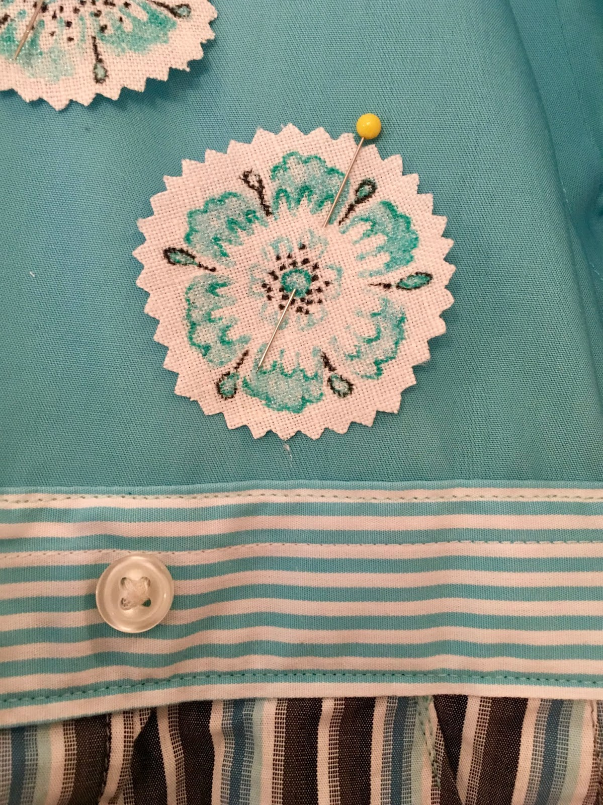 4 ways to do fabric painting wikihow.