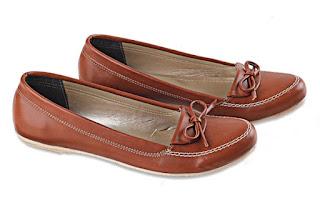 Sepatu Kerja Wanita LTC 629