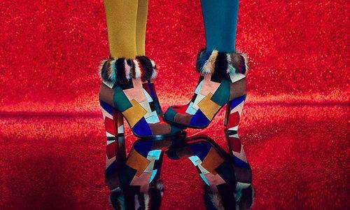 Info.Tinuku.com Gadis Glamor dan Seksi Guy Bourdin Inspirasi Sepatu Christian Louboutin