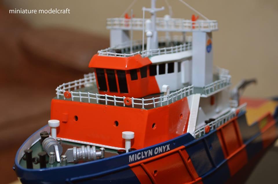 desain sketsa miniatur kapal ahts miclyn onyx unik