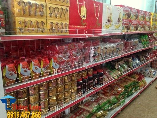 Cảnh báo kệ siêu thị Trung Quốc nhái kệ Việt Nam ngày càng nhiều