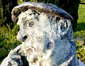 Imagen del monumento de Pablo Neruda